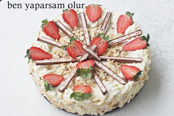 Erdbeer Schmand Pastasi - Erdbeer Schmand Torte